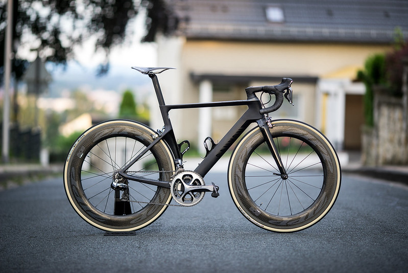 Canyon Aeroad CF SLX with Zipp 808 NSW