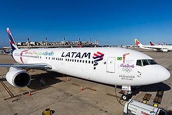 LATAM B767-300ER PT-MSY Antorcha Olímpica (LATAM)