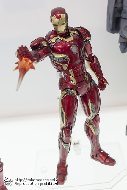 MEDICOM_TOY_20th_iron-4