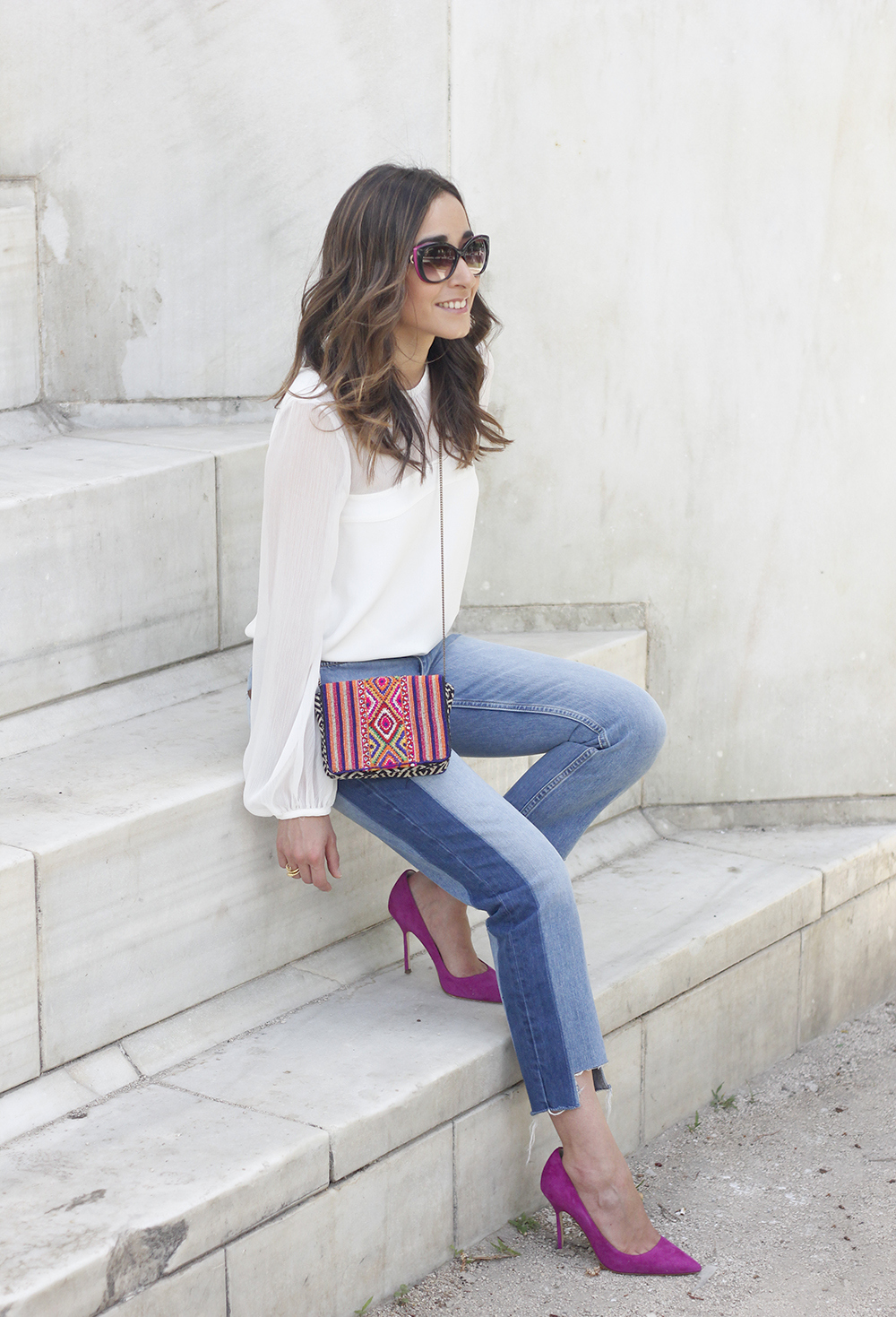 Boyfriend Jeans With Asymmetrical Hems white blouse carolina herrera heels daydaday bag outfit style streetstyle05