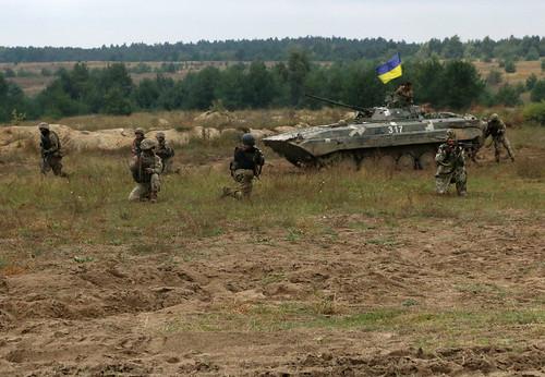 U.S. Army Soldiers show STX proficiency with Ukrainians