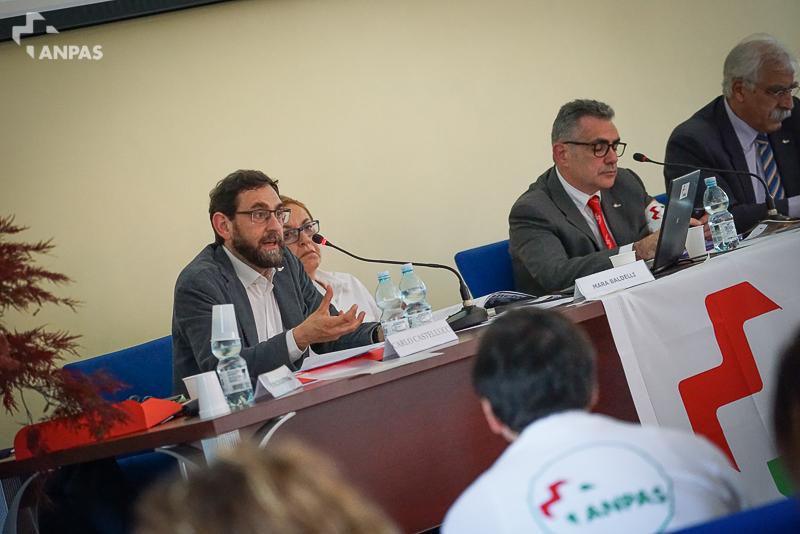 Vincenzo Favale presenta il Bilancio economico 2015