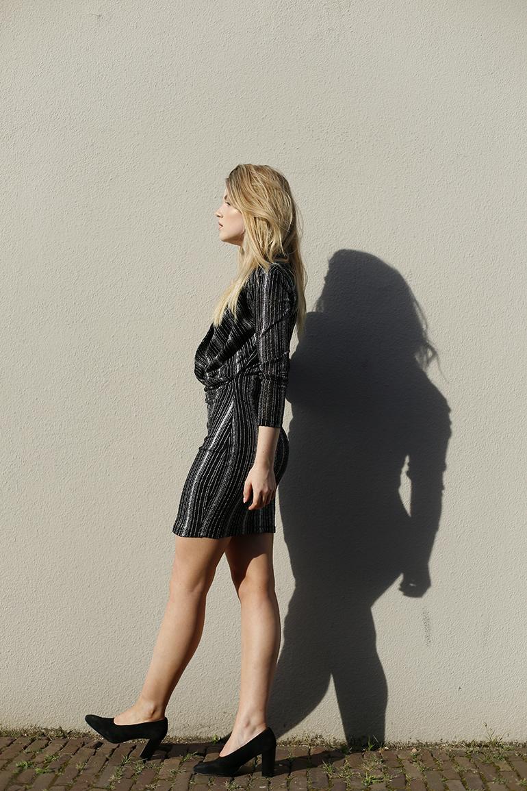 say yes to the dres, otto, zwart jurkje, feestjurkje, only jurkje, pumps, zwarte pumps, zomer, outfit, little black dress, zon, fashionblogger, fashion is a party, gesponsorde post
