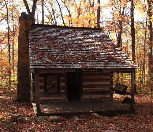 Dewar log cabin 1870 t c steele state historic site for Ponte coperto cabina brown county