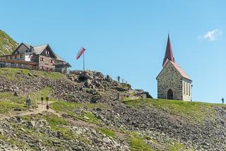 Kapelle und Schutzhaus Latzfonser Kreuz