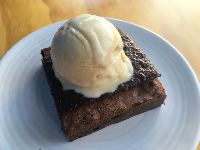Warm brownie - Al's Place
