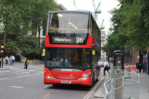 CT Plus SD4 on Route 26, St Paul's Cathedral