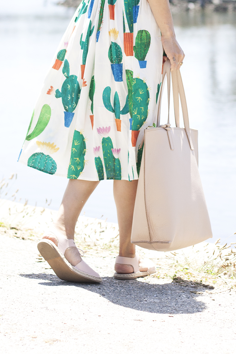 10cactus-dress-blush-leather-tote-espadrilles-style-fashion