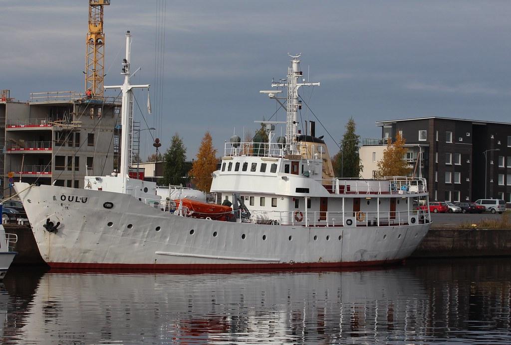 Oulu-laiva Toppilansalmi
