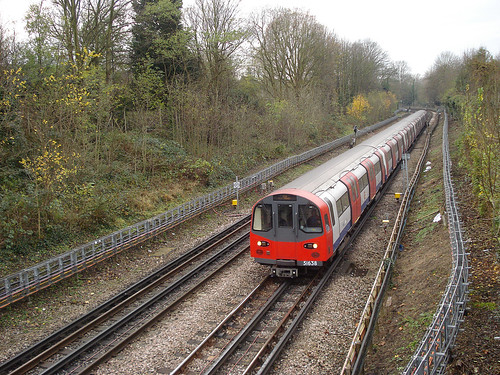 Northern Line train between Finchley Central and West Finchley