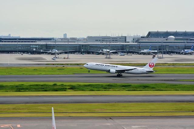 羽田スカイエールが樽生で飲める羽田空港第一ターミナル