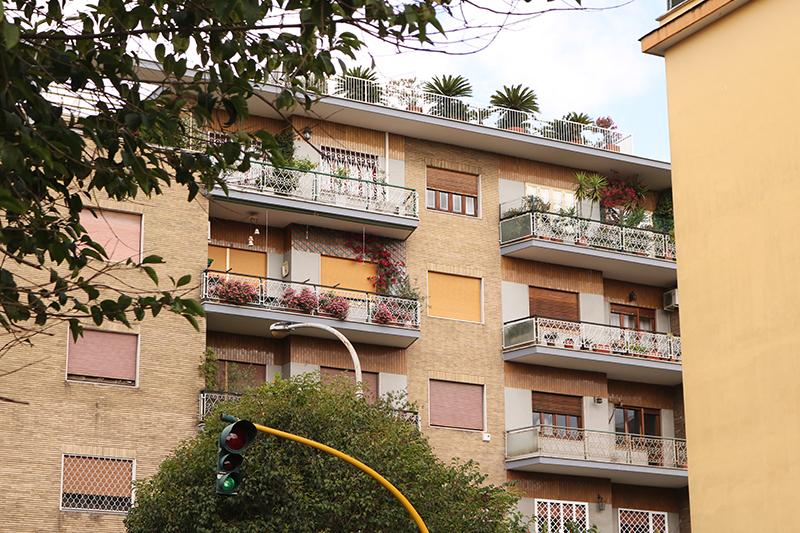 Rome 24 - Adora Mehitabel