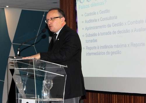 Fabiano Silveira participa de seminário sobre Controle Interno no Brasil