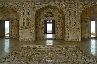 Agra - Fort interior details
