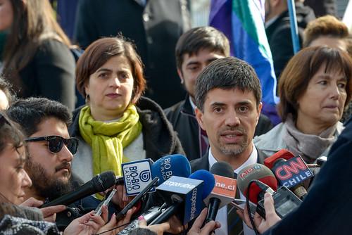 08 Julio Ministro Marcelo Díaz  da a conocer compromiso alcanzado entre Movilh y el Estado por Matrimonio Igualitario