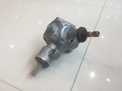 Steering bevel gear box