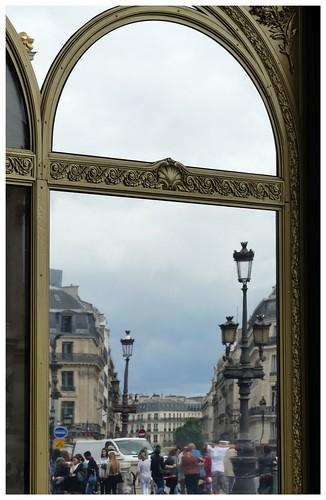 Place de l 39 op ra travers le miroir paris beatrice for Miroir paris