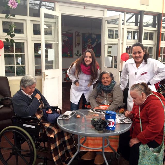 Obras de Misericordia 2016: Visita a hogar de Fundación Las Rosas