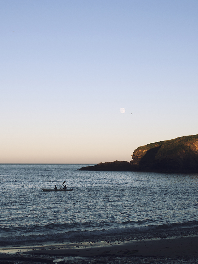 Full Moon sunset Mansands Kingswear Devon Canoe boat