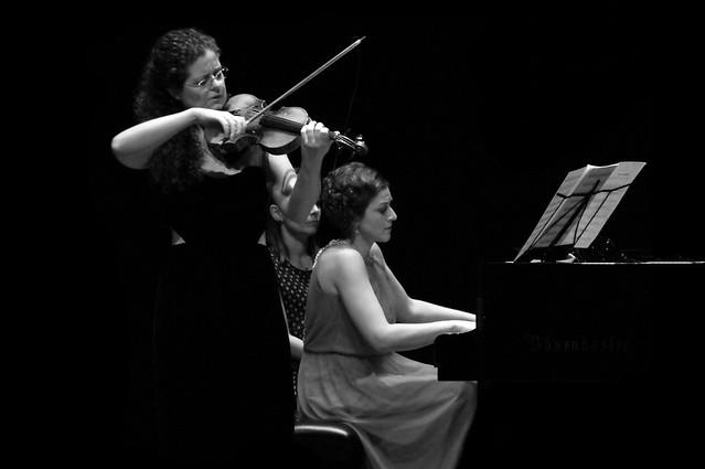 CATALINA SUREDA, VIOLÍN & DINA NEDÉLTCHEVA, PIANO - AUDITORIO CIUDAD DE LEÓN - X JÓVENES MAESTROS INTERNACIONALES DE LA FUNDACIÓN EUTHERPE