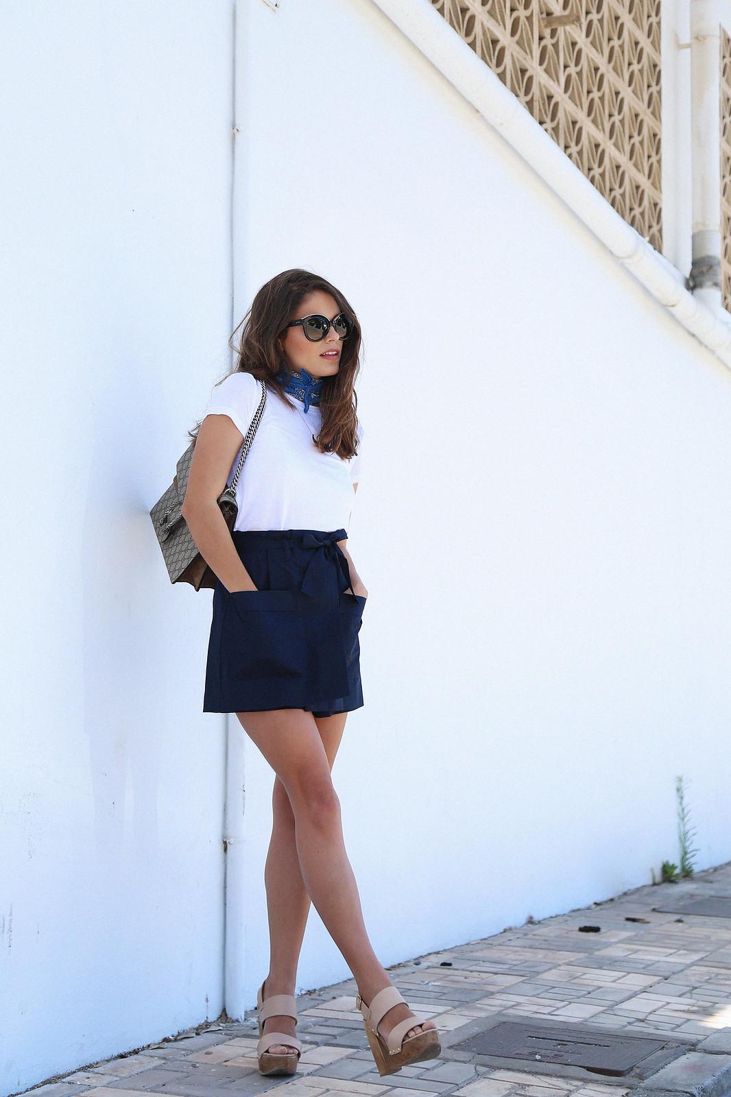 jessie chanes seams for a desire blue skort white tshirt wooden wedges sandals-6