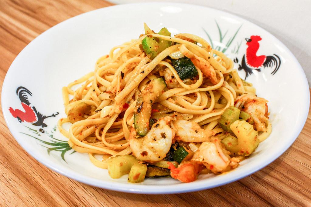花哨的小贩食品:阿邦斯意大利辣对虾阿格里奥奥利奥