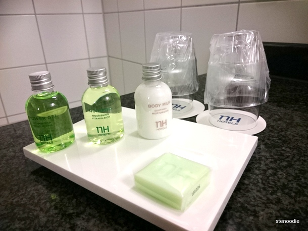 NH Hotel Group bathroom kit