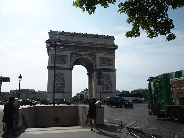 P5281796 エトワール凱旋門(アルク・ドゥ・トリヨーンフ・ドゥ・レトワール/Arc de triomphe de l'Étoile) パリ フランス paris france
