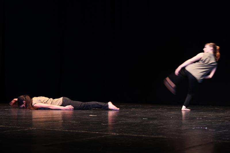 kinoumestudio-performance-falling-lines-2