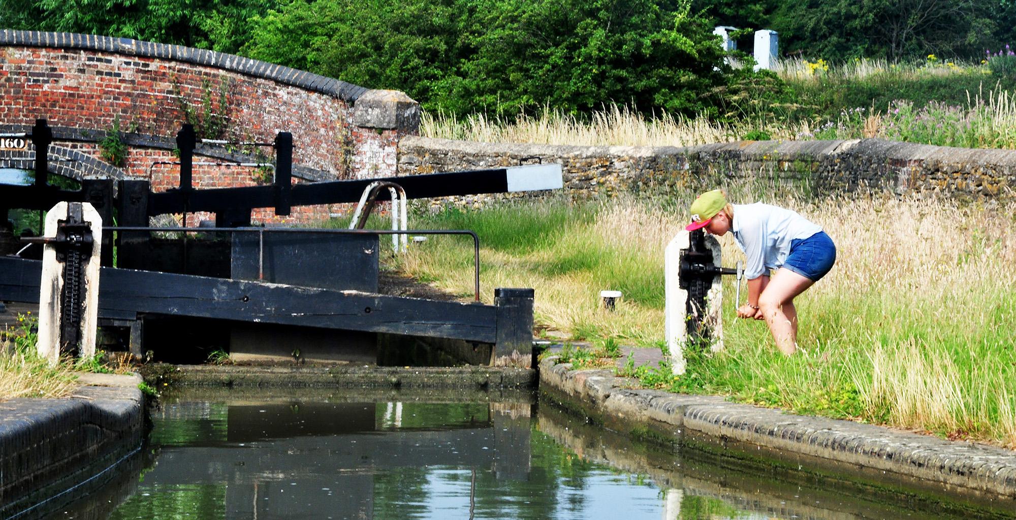 Hiring a narrow boat in England
