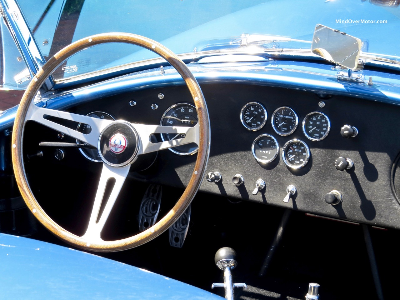 1966 Shelby Cobra 427 Dashboard