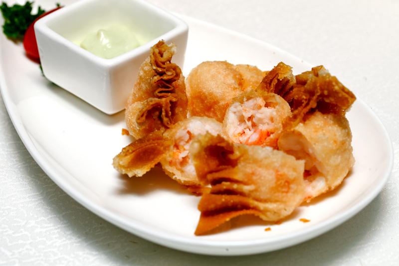 Deep Fried Seafood Dumplings