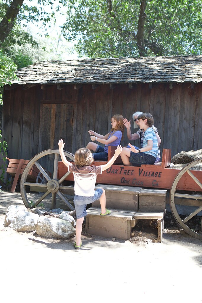 Trying to catch the wagon ride, Oak Glen