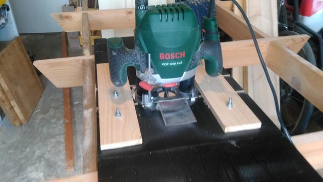 Combin scie circulaire sauteuse et defonceuse sous table diy page 1 copain des copeaux - Scie sur table fabrication maison ...