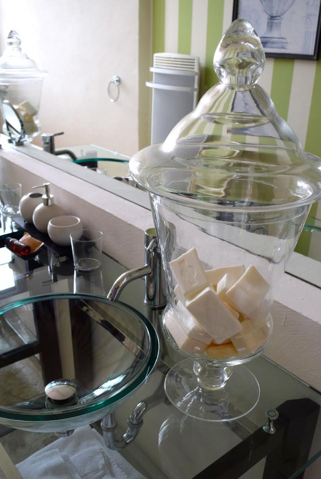 Bathroom Glasswear at Chateau de Lissac | www.rachelphipps.com @rachelphipps