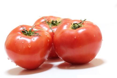 紫外線対策 食べ物 トマト