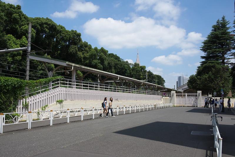 原宿駅 宮廷ホーム