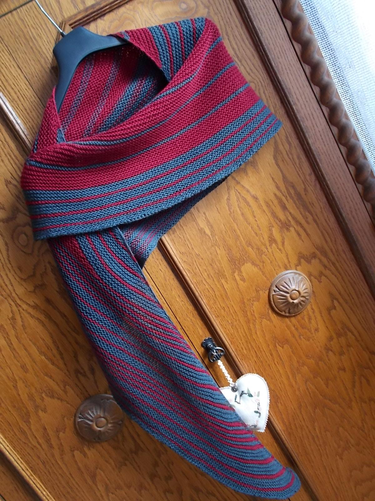 Lisa Mutch, Surge shawl, Ottocapi (3)