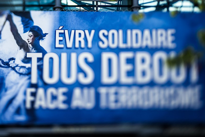 Evry Daily Photo - Evry Solidaire avec Nice - Mairie Evry 14 07 2016