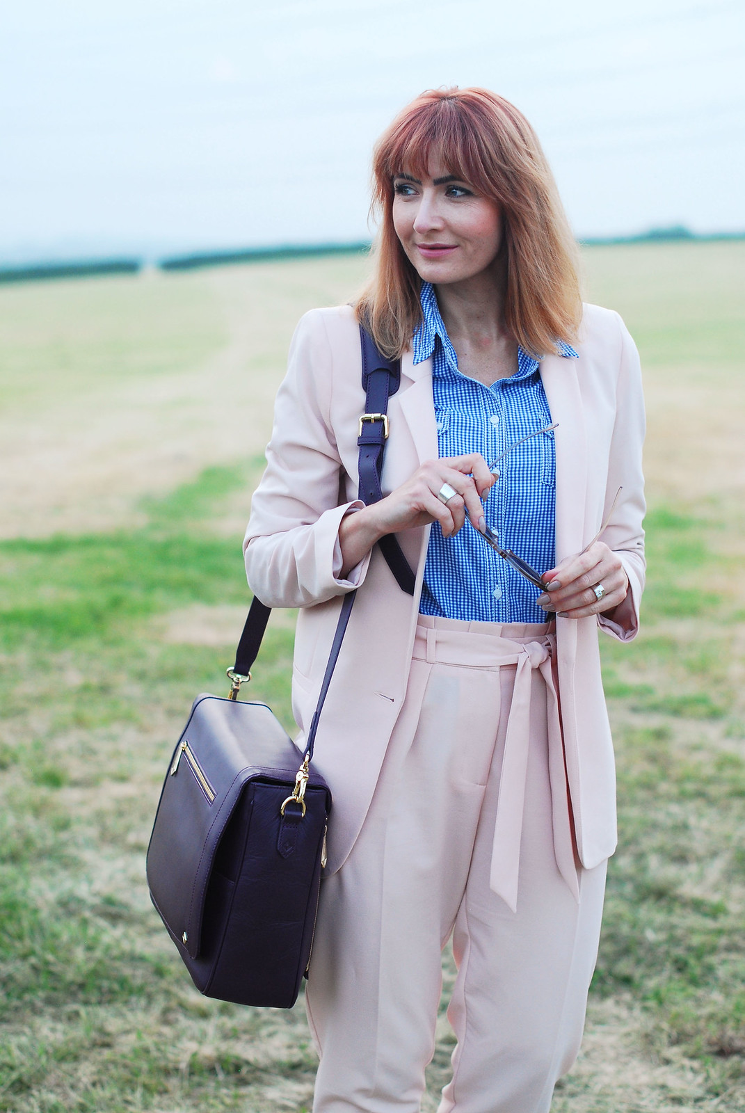 Summer workwear: Pale pink trouser suit, blue gingham shirt, Jennifer Hamley Model KT Workbag in Aubergine | Not Dressed As Lamb