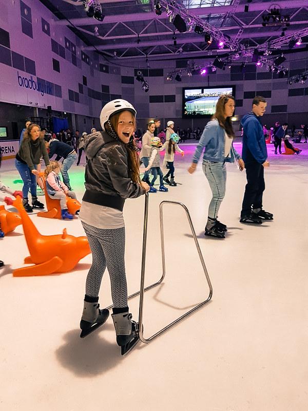 ice skating melbourne docklands