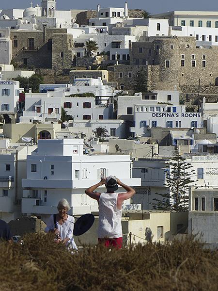 Lala et Clem devant Naxos
