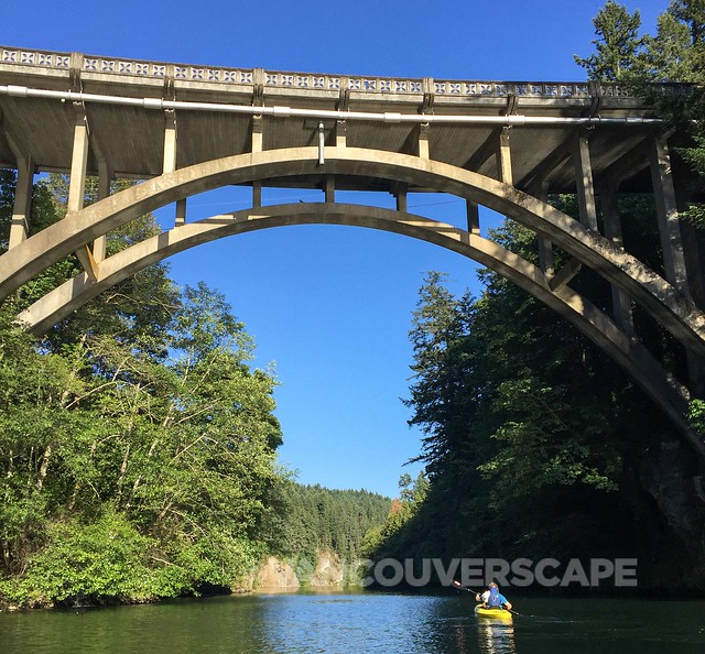 Clackamas River kayak tour