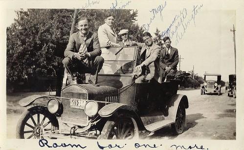 Herb casbon on old car