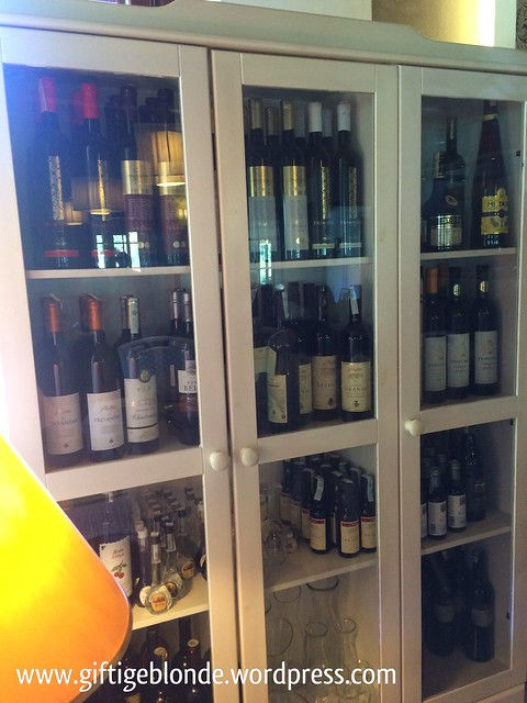 Weinschrank Makaba