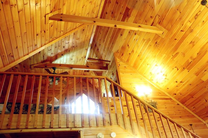 log-cabin-loft-master-bedroom-7