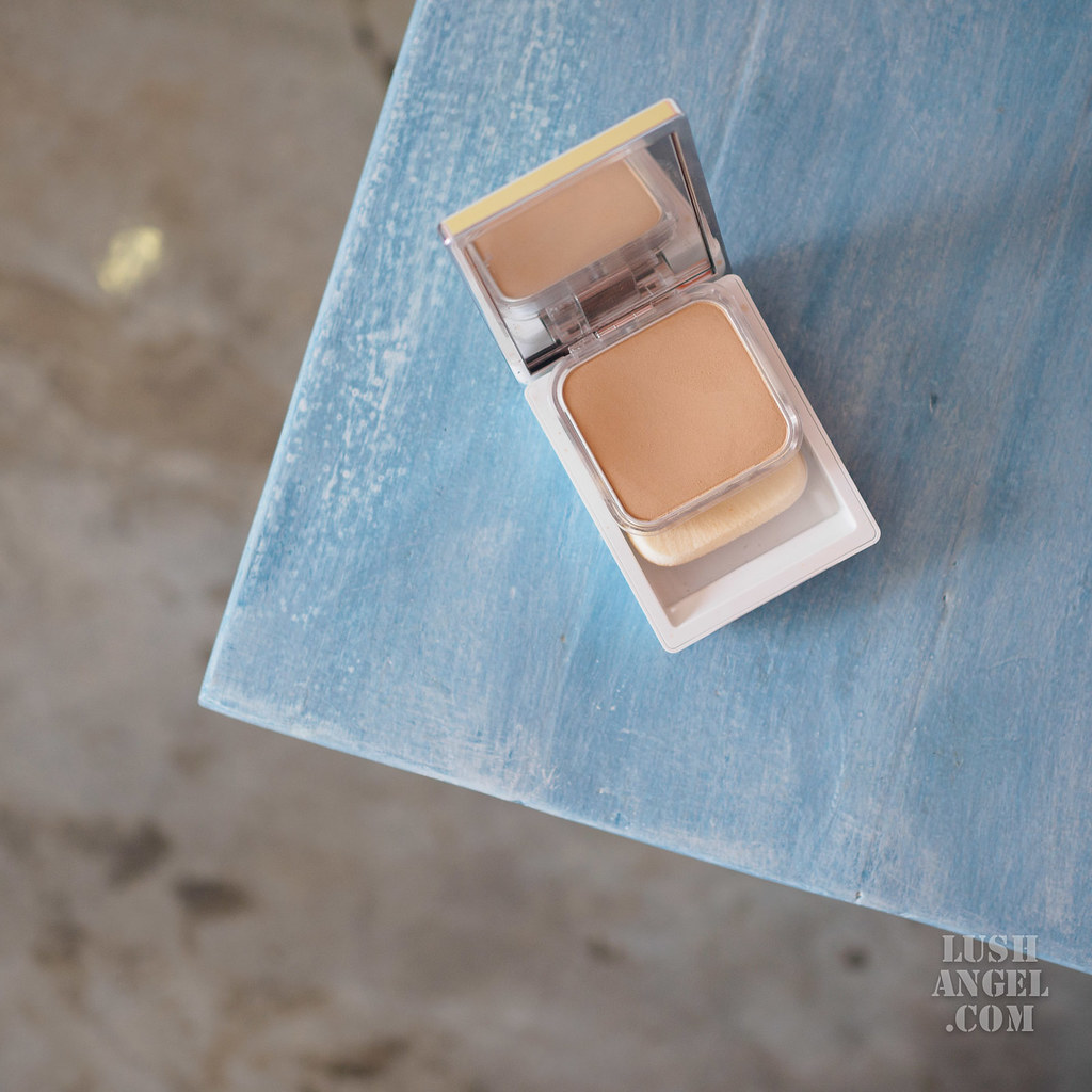 clinique-even-better-powder-makeup-water-veil