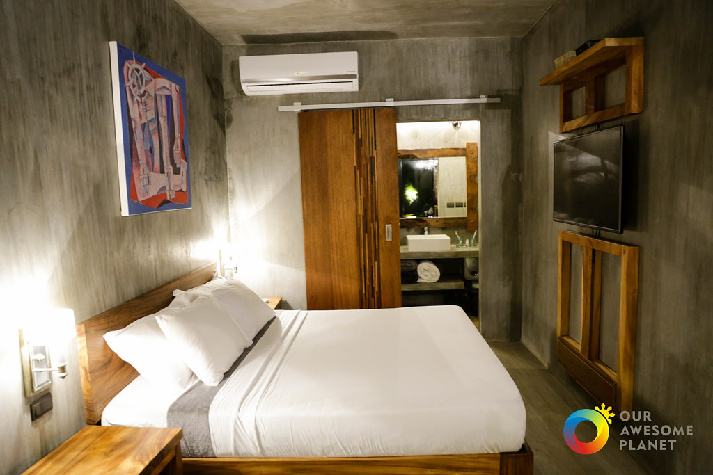 Veue Cabins-2.jpg