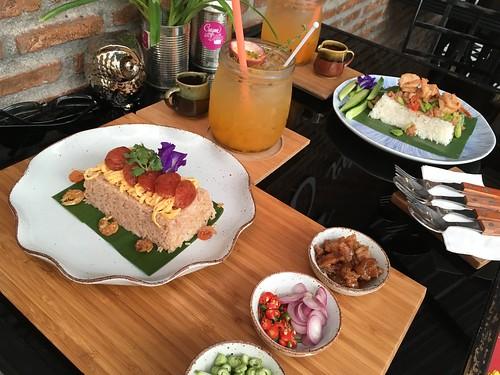 今日のサムイ島 9月8日チャウエンビーチ中央でタイ南部料理