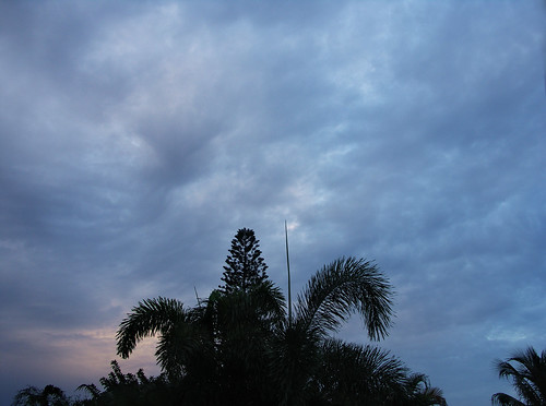 morning sky during the rainy season | by ka2rina